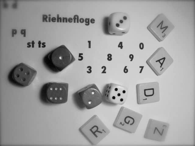Würfel, Buchstaben, Zahlen , Scrabble